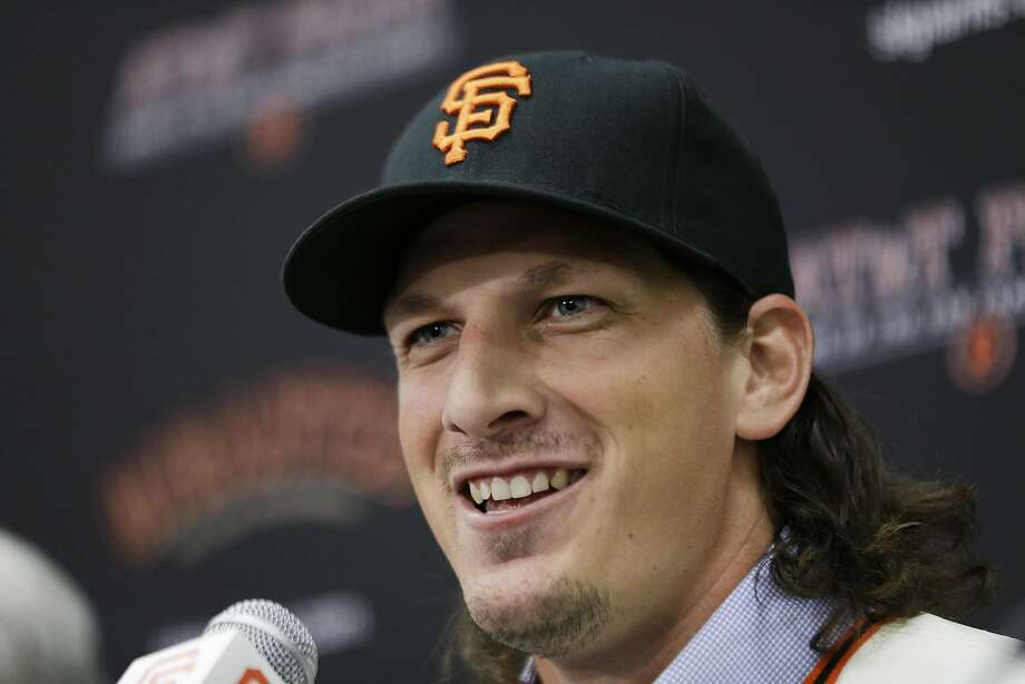 San Francisco Giants pitcher Jeff Samardzija smiles during a news conference. Photo: Eric Risberg, Associated Press