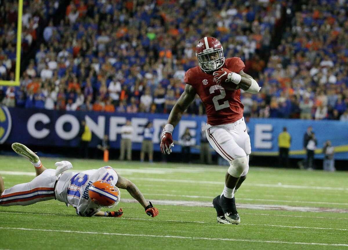 Maxwell Award Outstanding Player Derrick Henry Running back, Alabama.