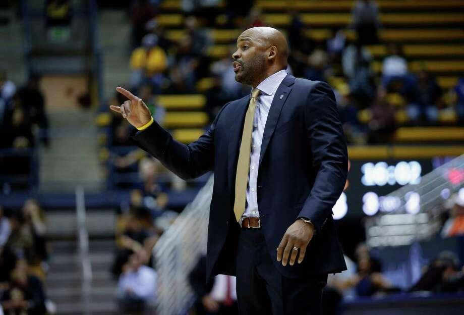 BERKELEY, CA - DECEMBER 09:  Head coach Cuonzo Martin of the California Golden Bears gives instructions to his team during their game against the Incarnate Word Cardinals at Haas Pavilion on December 9, 2015 in Berkeley, California.  (Photo by Ezra Shaw/Getty Images) Photo: Ezra Shaw / Getty Images / 2015 Getty Images