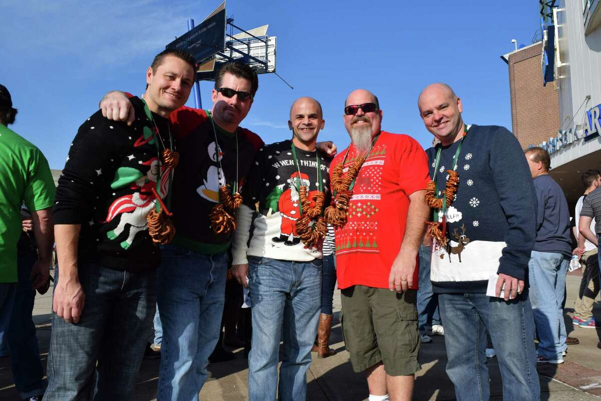 The biggest names in brewing gathered once again at the Webster Bank Arena in Bridgeport on December 12, 2015 for the 2nd annual Beer CONN festival. Were you SEEN?