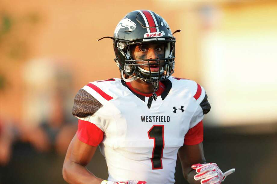 Westfield's Tyrie Cleveland received scholarship offers from such big-time football programs as Alabama, Ohio State and LSU before the wide receiver decided there's no place like home … and UH's emerging powerhouse. Photo: Karen Warren, Staff / © 2015 Houston Chronicle