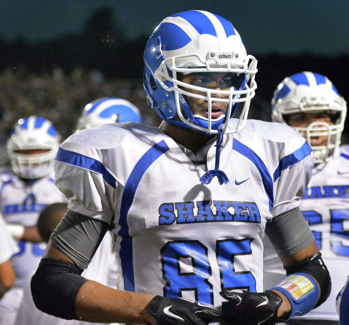 Shaker's #85 Brandon Barlow during Saturday night's game against Shenendehowa High Sept. 11, 2015 in Clifton Park, NY. (John Carl D'Annibale / Times Union)