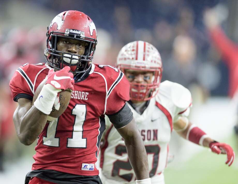 Eric Monroe, DB, North ShoreOne of three Texas safeties rated as the best at their position (Monroe, Manvel's Deontay Anderson and Nacogdoches' Brandon Jones), the LSU verbal pledge also sees offensive snaps. Photo: Wilf Thorne, For The Chronicle