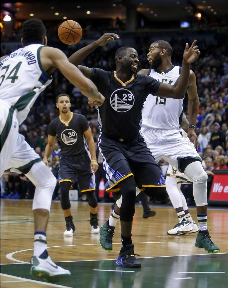Golden State Warriors' Draymond Green during Milwaukee's Bucks' 108-95 win in NBA game at BMO Harris Bradley Center in Milwaukee, WI on Saturday, December 12, 2015. Photo: Scott Strazzante, The Chronicle