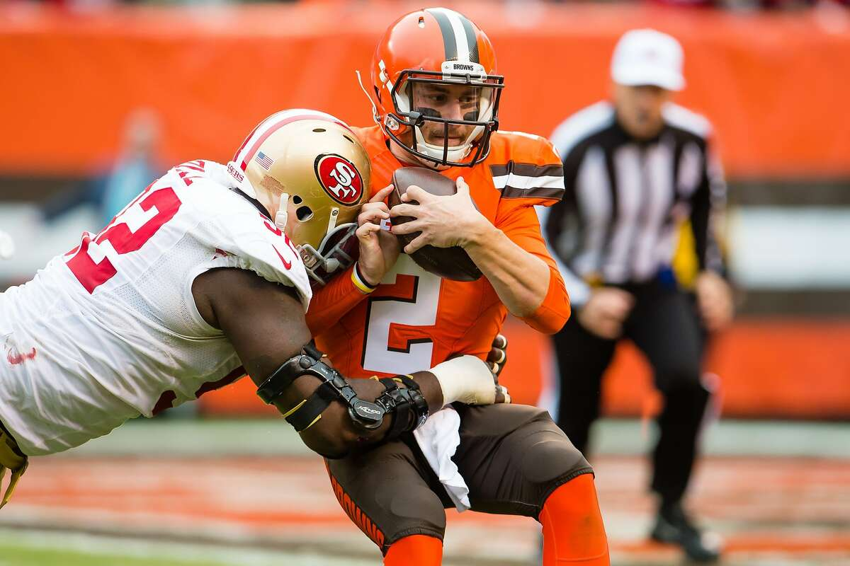 Quinton Dial sacks Johnny Manziel during the 49ers' loss to the Browns in December.
