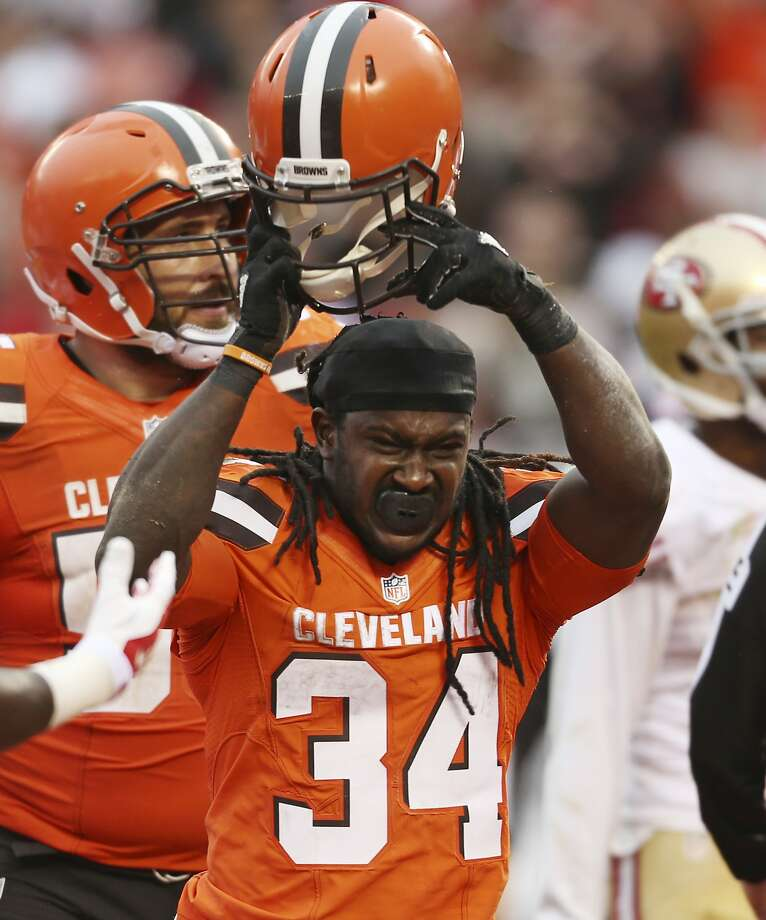 Cleveland running back Isaiah Crowell celebrates after his second-half touchdown Sunday. Crowell rushed for a career-high 145 yards against the 49ers. His had never before rushed for more than 88 in a game. Photo: Ron Schwane, Associated Press