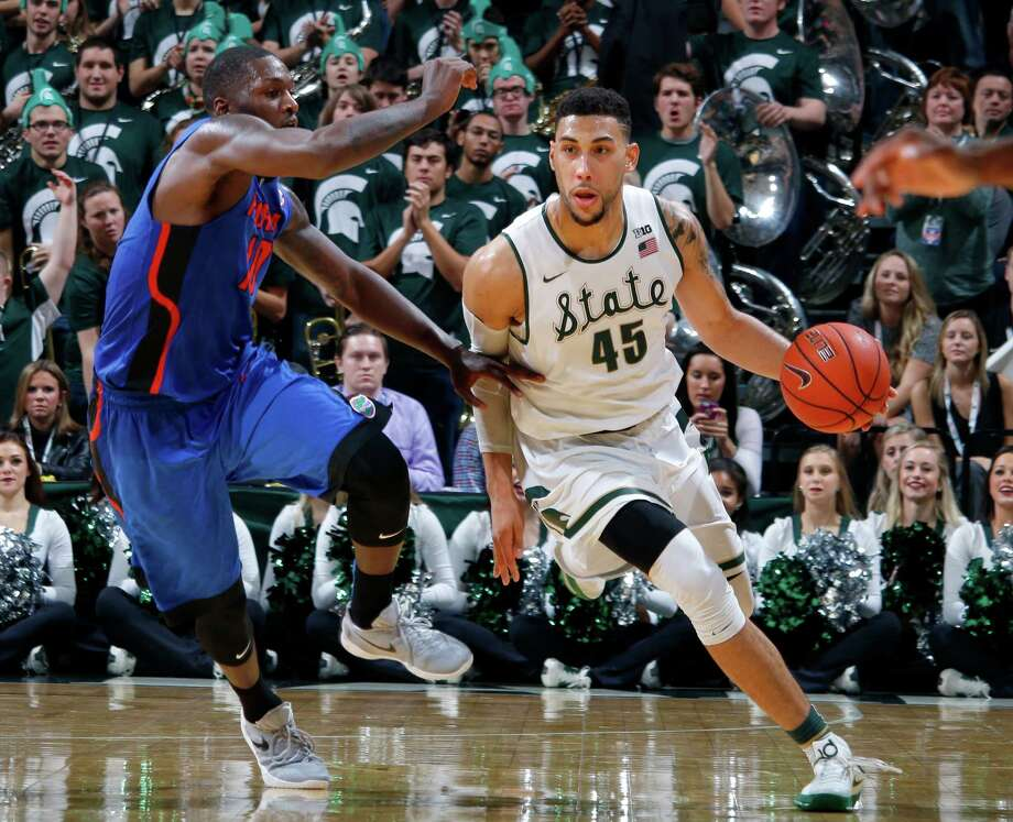 Four hot startsMichigan StateThe No. 1 ranked Spartans beat Florida 58-52 on Saturday to improve to 11-0 on the season. It's the second best start in the program's history. In 2000-01, Michigan State started 12-0. Photo: Al Goldis, Associated Press / FR11125 AP