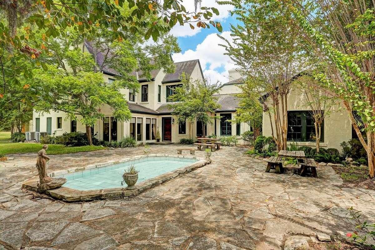 1. 2010 Pine Drive FM 517 Road, Dickinson, Texas 77539: $2.75 millionYear built: 1932Bedrooms: 6Bathrooms: 3 full, 1 halfLot size: 13.01 acresSource: Trulia