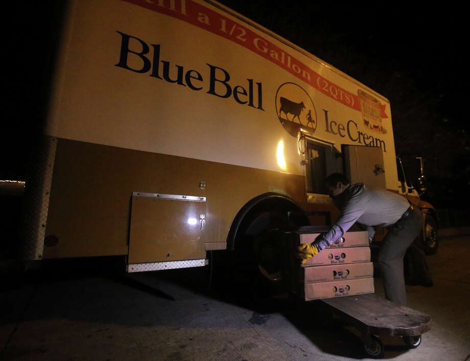 Blue Bell Ice Cream Territory Manager Mark Gomez unloads Blue Bell ice cream Monday December 14, 2015 at the H-E-B store at 300 West Olmos. Blue Bell ice cream products are returning to Texas retailers after being recalled because of being tainted by a bacteria known as listeria. Photo: John Davenport, Staff / San Antonio Express-News / ©San Antonio Express-News/John Davenport