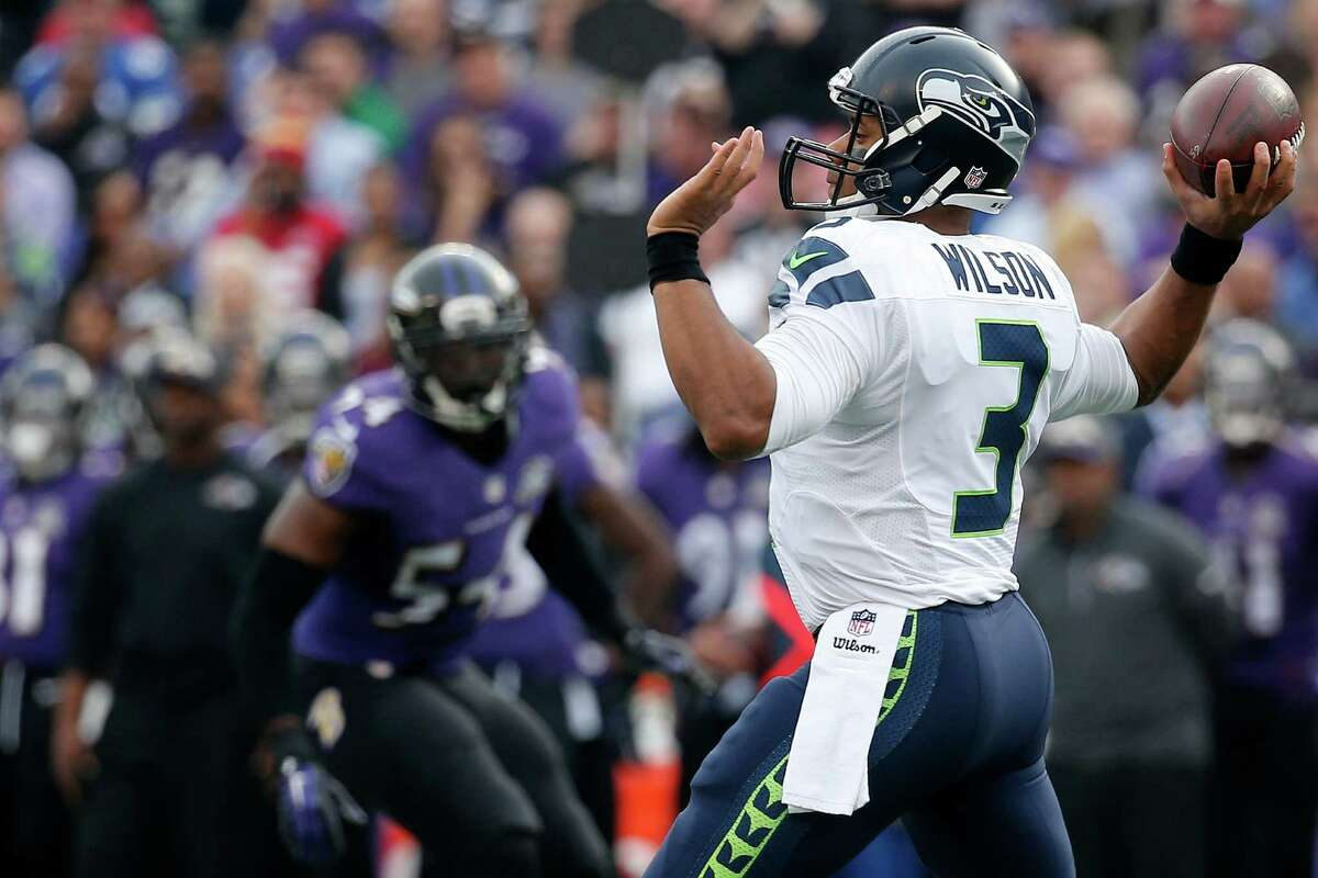 Quarterback: A+ What else is there to say about Russell Wilson? The fourth-year quarterback has arguably had the best four-game run in NFL history. Statisticians are scrambling to put his stretch in perspective after he completed 23 of 32 passes for 292 yards, five touchdowns and no interceptions Sunday against the Ravens. The five touchdowns tied a career-high set against the Steelers a few weeks ago. Bottom line: He's been worth every penny of the massive contract he signed before training camp.