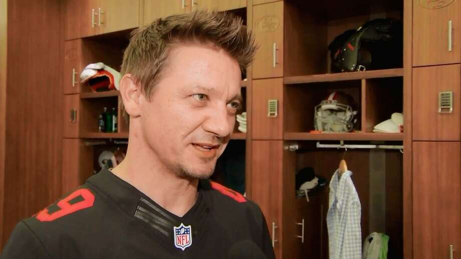 Jeremy Renner visited the 49ers locker room after a season-opening win over the Vikings. Photo: Terrell Lloyd / Photo © Terrell Lloyd
