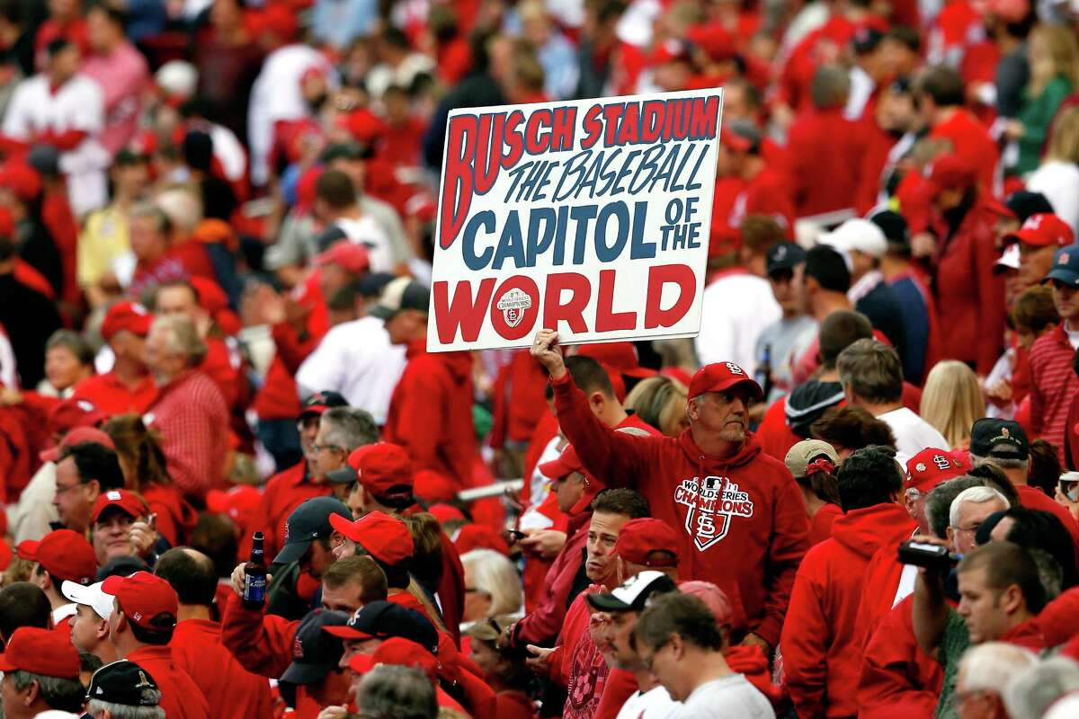 41. St. Louis: 11.05 mistakes per 100 words Cardinals (MLB): 10.60 Rams (NFL): 11.50