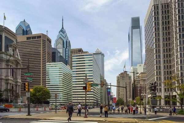 9. Philadelphia Average amount invoiced in 2015: $126,492