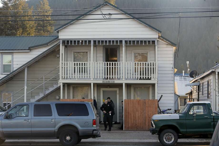 Police personnel gather outside the home of the two suspects located in Quincy, Calif., on Tuesday December 15, 2015. Suspects Gonzalo Curiel and Tami Joy Huntsman are facing charges in the death of two young children ages five and seven found dead inside a storage locker in Redding. Photo: Michael Macor, The Chronicle
