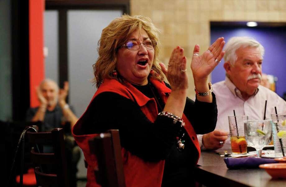 Local Crowd Favors Cruz Trump In Gop Debate San Antonio