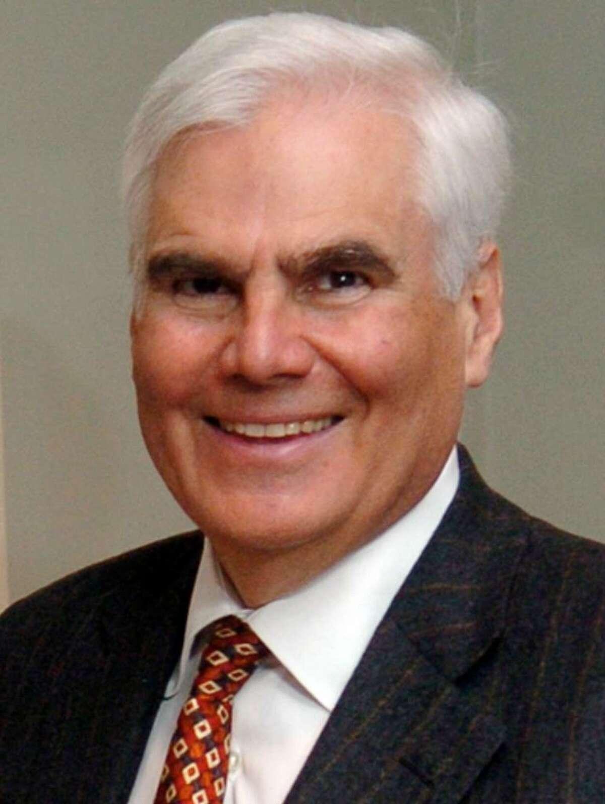Robert D. Scinto.
