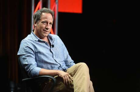 Mike Rowe criticized Sen. Bernie Sanders over a tweet the candidate sent to followers.