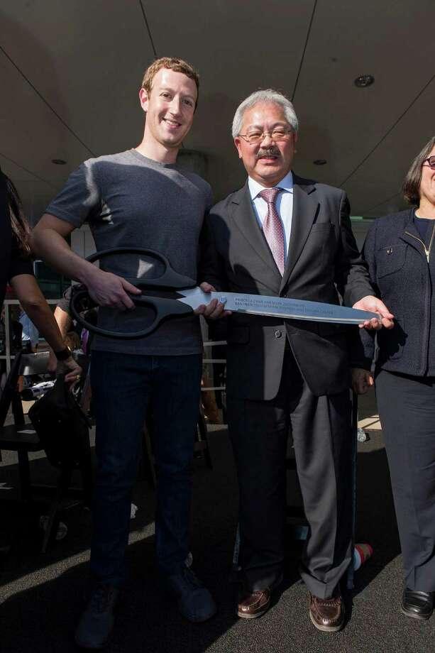 Mark Zuckerberg and San Francisco Mayor Ed Lee Photo: Drew Altizer Photography / © 2015 Drew Altizer Photography