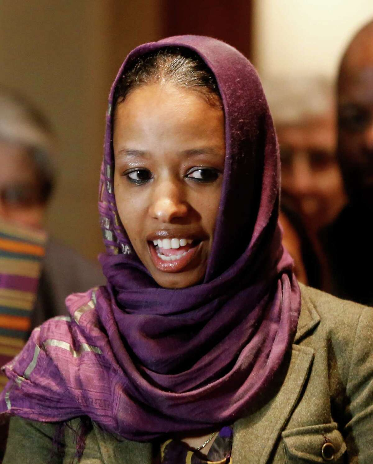 Larycia Hawkins, a Christian, wore a hijab to protest