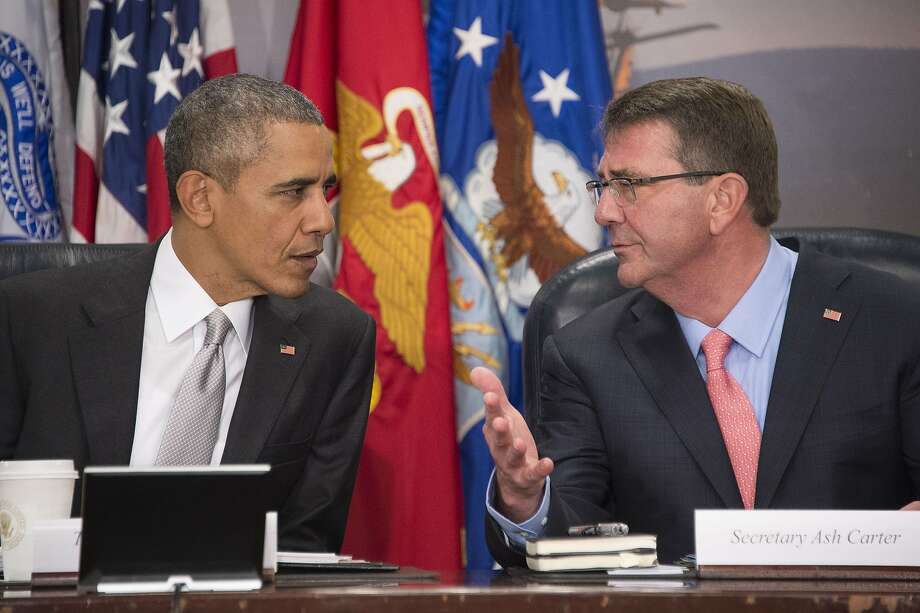 "Secretary of Defense Ashton Carter said he did not use his iPhone for ""classified information."" Photo: Jim Watson, AFP / Getty Images"
