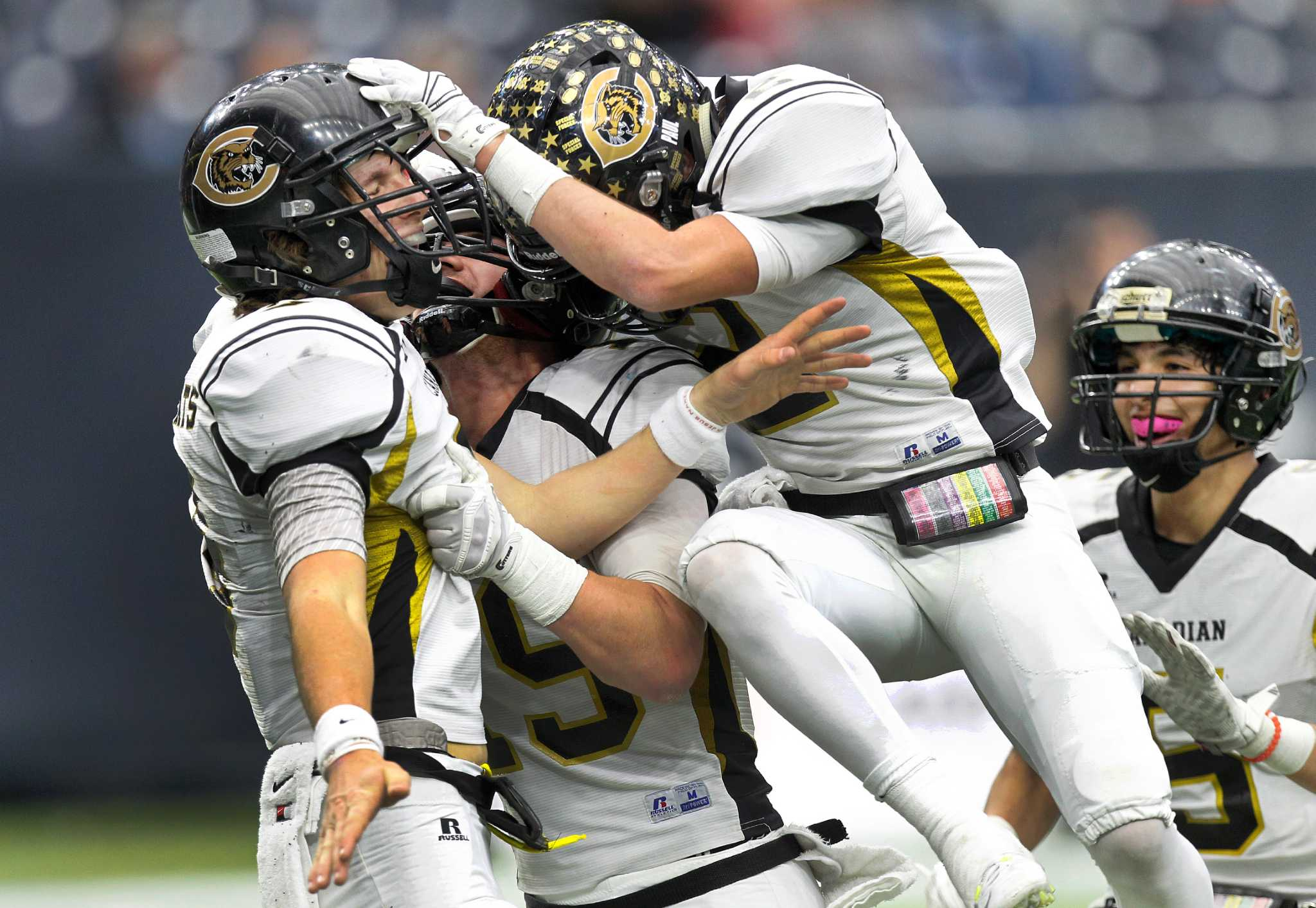 Canadian Romps Past Refugio To Repeat As Class 2a Division I Champs