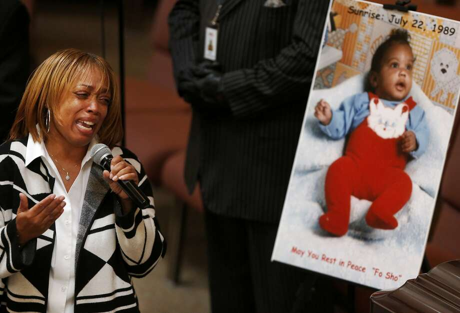 Gwen Woods makes an emotional appeal to the media to tell her son's story with compassion during the funeral service for him, Mario Woods, at Cornerstone  Missionary Baptist Church Dec. 17, 2015 in San Francisco, Calif. Mario Woods was fatally shot by San Francisco police in early December. Photo: Leah Millis, San Francisco Chronicle