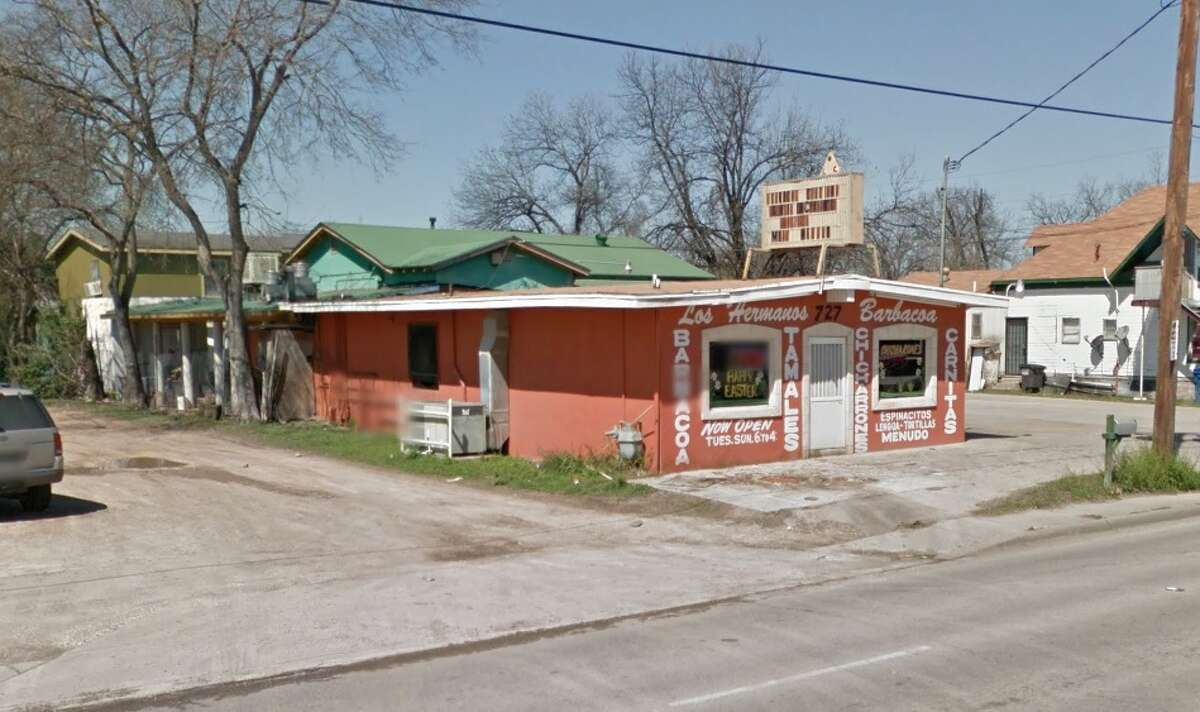 Los Hermanos Barbacoa: 727 Cupples Road, San Antonio, Texas 78237Date: 12/09/2016 Score: 74Highlights: Packaged tamales not held at correct temperature, debris seen on metal shelving inside the small walk-in freezer, food inside reach-in coolers were not properly covered, no soap or paper towels available at employee hand washing sinks.