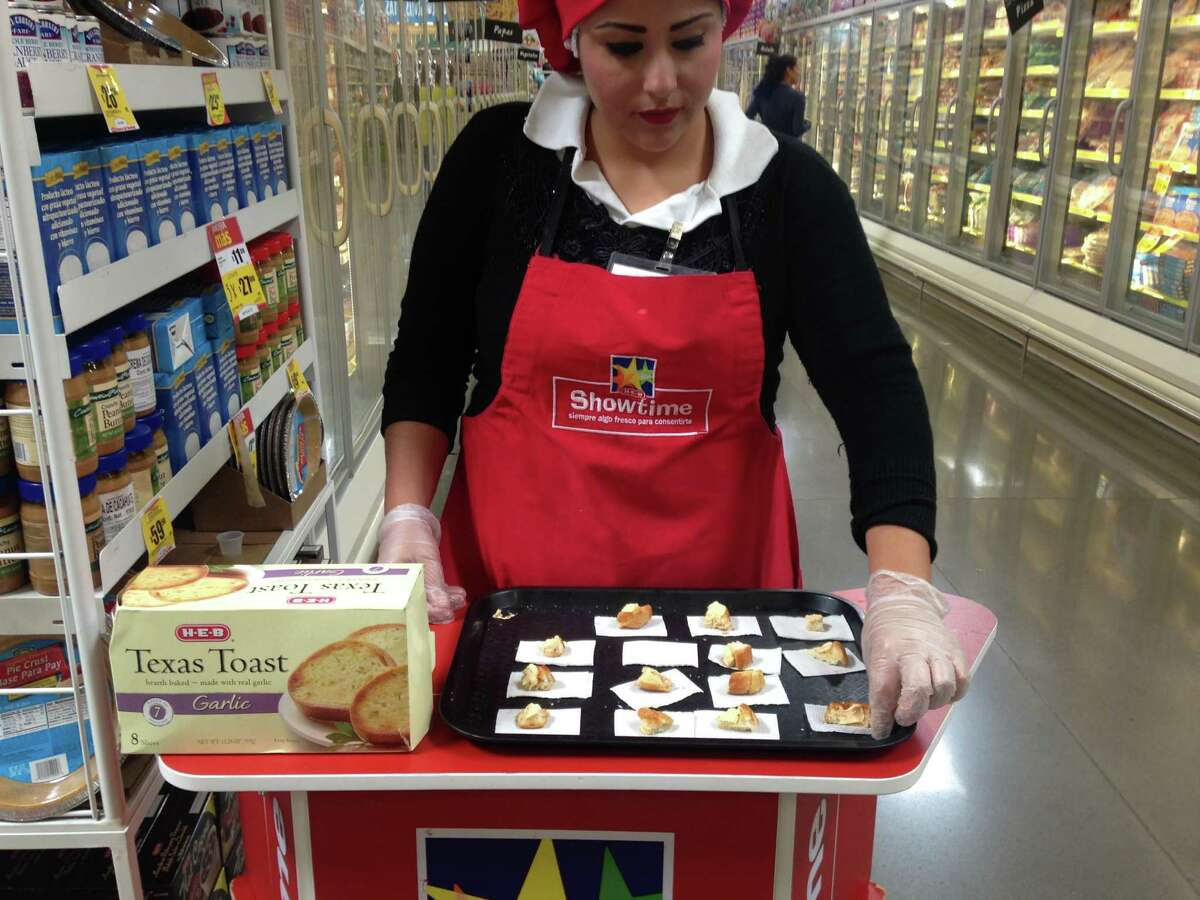 The free samples at Mexico H-E-B: Texas Toast.