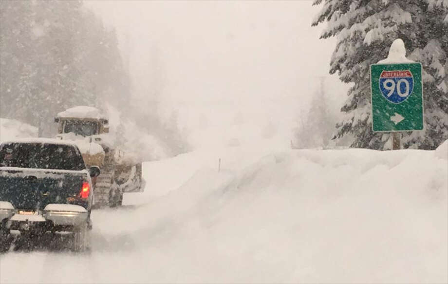 Snow has been falling heavily at Snoqualmie Pass. Photo: KOMO News