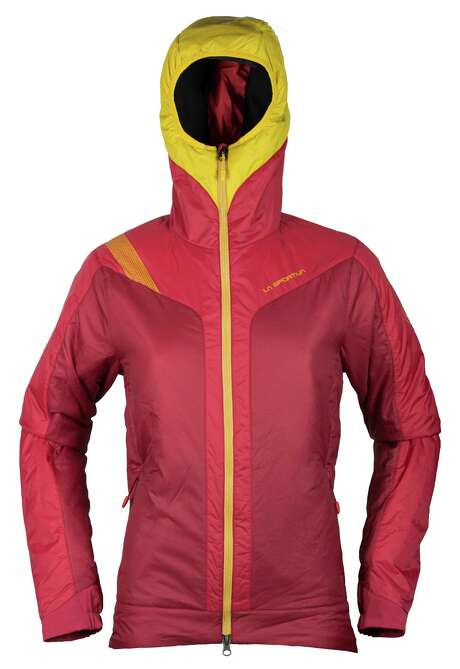 The La Sportiva Estela Primaloft Jacket keeps you warm and layers well under a hard shell when you need to take the protection factor up a notch. Photo: La Sportiva / ONLINE_YES