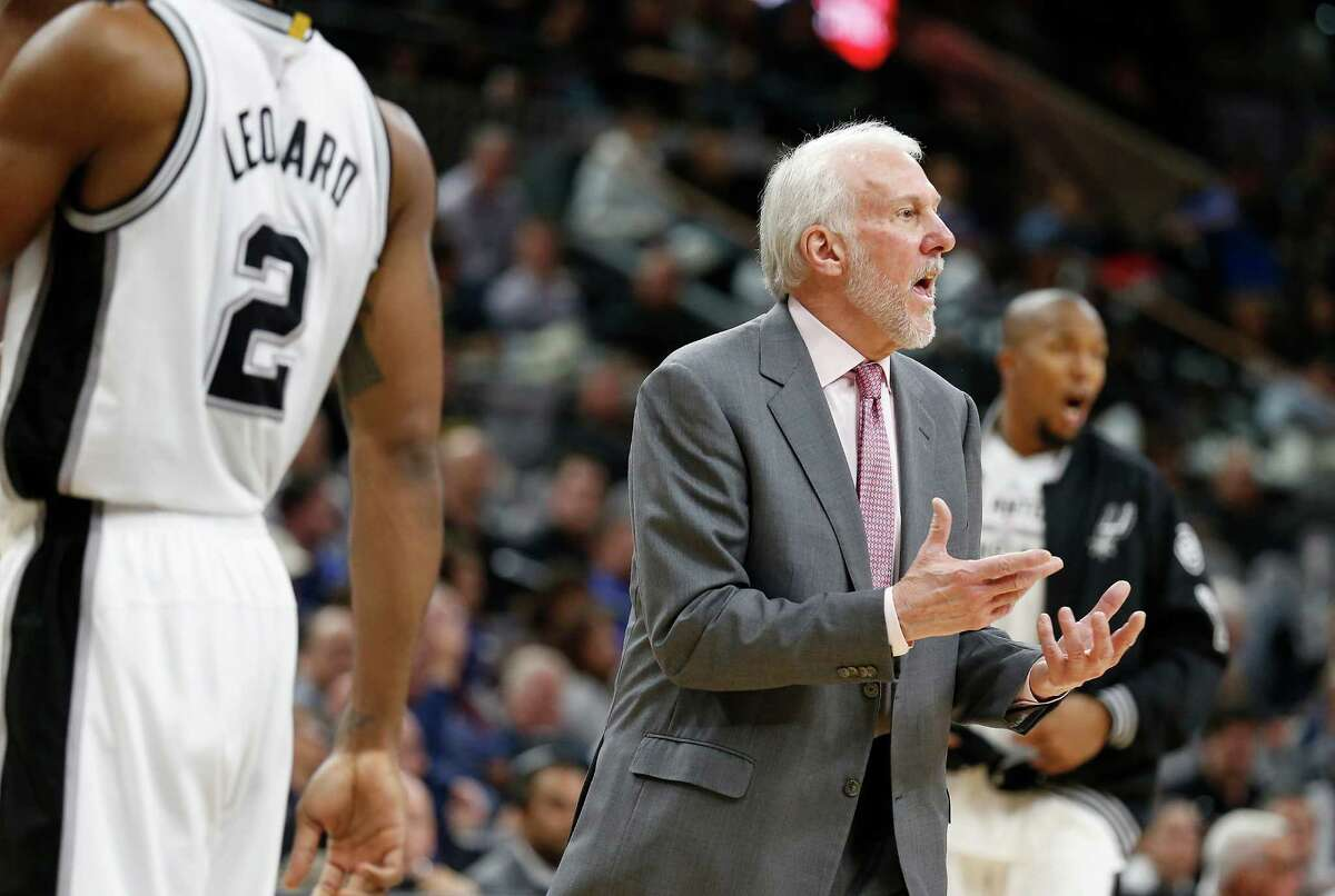 Spurs head coach Gregg Popovich during the game against the Washington Wizards at the AT&T Center on Wednesday, Dec. 16, 2015. Spurs defeated the Wizards, 114-95. (Kin Man Hui/San Antonio Express-News)