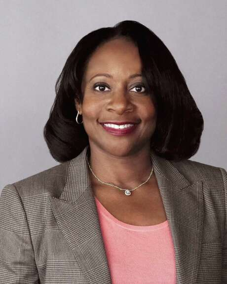 This photo provided by Gilead Sciences shows Robin Washington. Compensation for female chief financial officers at S&P 500 companies in 2014 outpaced that of their male counterparts, according to an analysis by executive compensation firm Equilar and the Associated Press. It follows a similar trend seen with female CEOs in recent years. The one top-paid female CFOs includes Washington of Gilead Sciences at $6.2 million.   (Gilead Sciences via AP) Photo: HONS / Gilead Sciences