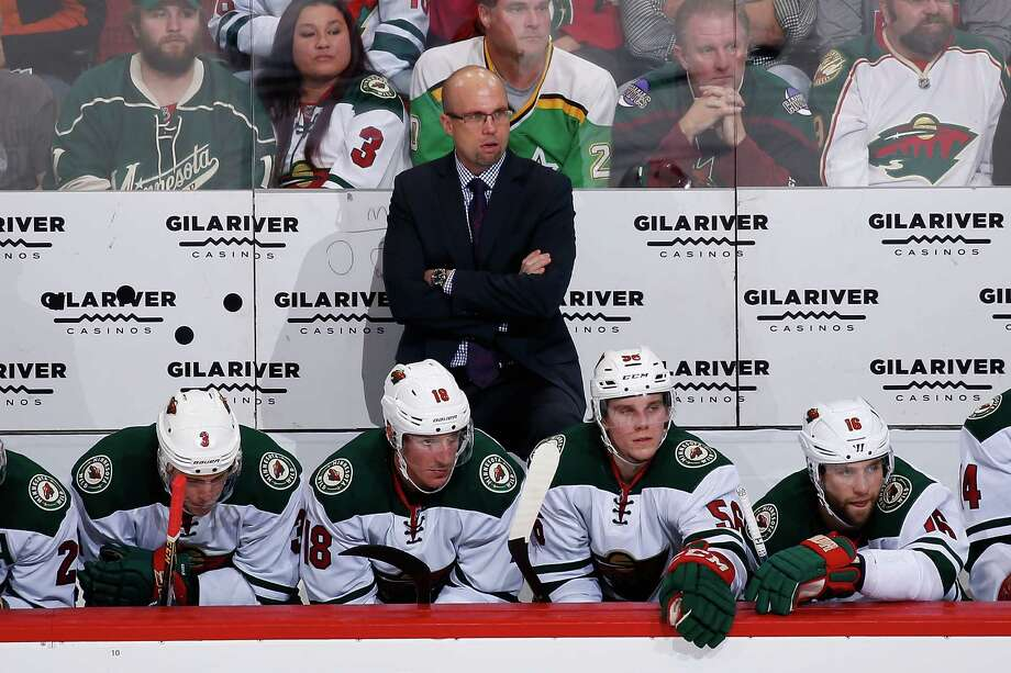 GLENDALE, AZ - DECEMBER 11:  Head coach Mike Yeo of the Minnesota Wild looks on from the bench during the second period of the NHL game against the Arizona Coyotes at Gila River Arena on December 11, 2015 in Glendale, Arizona. Photo: Christian Petersen, Getty Images / 2015 Getty Images