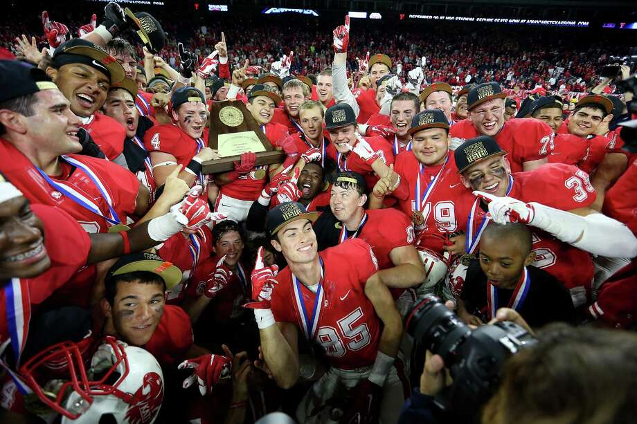 Class 6A Division II: Katy 34, Lake Travis 7Katy's football team celebrates its 34-7 win over Austin Lake Travis for the 6A Division II championship football game at NRG Stadium on  Saturday, Dec. 19, 2015, in Houston.  Katy won the title 34-7. Photo: Elizabeth Conley, Houston Chronicle / © 2015 Houston Chronicle