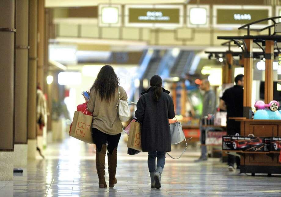 Danbury Fair Mall Opening Hours
