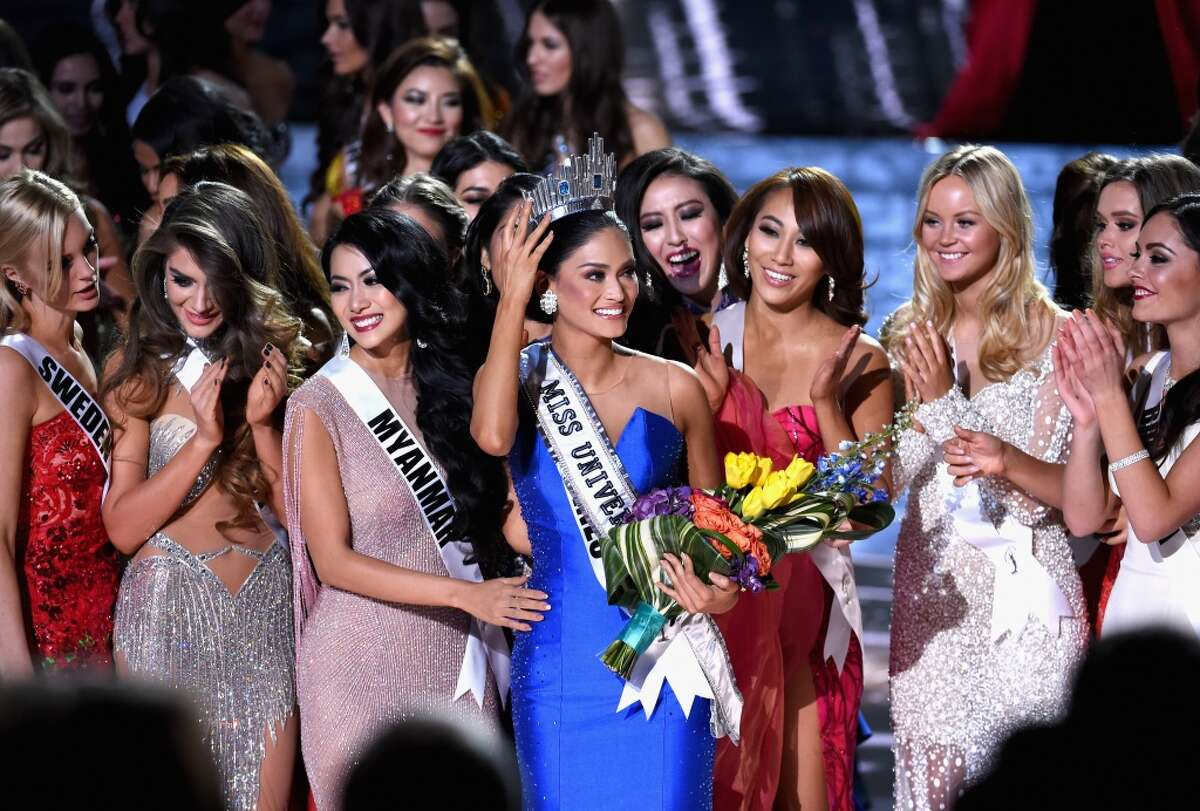 Miss Philippines 2015, Pia Alonzo Wurtzbach (C), who was mistakenly named as First Runner-up reacts with other contestants after being named the 2015 Miss Universe during the 2015 Miss Universe Pageant at The Axis at Planet Hollywood Resort & Casino on December 20, 2015 in Las Vegas, Nevada.