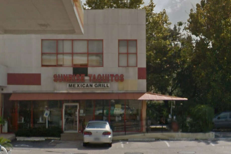 Sunrise Taquitos  5601 Memorial Dr., Houston, Texas 77007  Demerits: 58  Inspection highlights: Failure to provide hot water.  Photo by: Google Maps