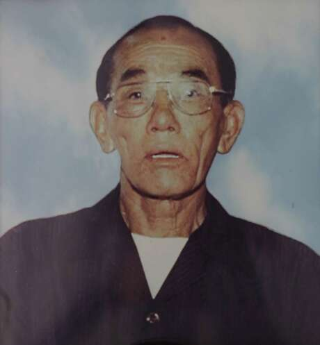 After four months in the Harris County jail, 83-year-old Tung Nguyen died in June 2009 from MRSA pneumonia. Photo: Jon Shapley, Jon Shapley / Houston Chronicle / © 2015  Houston Chronicle