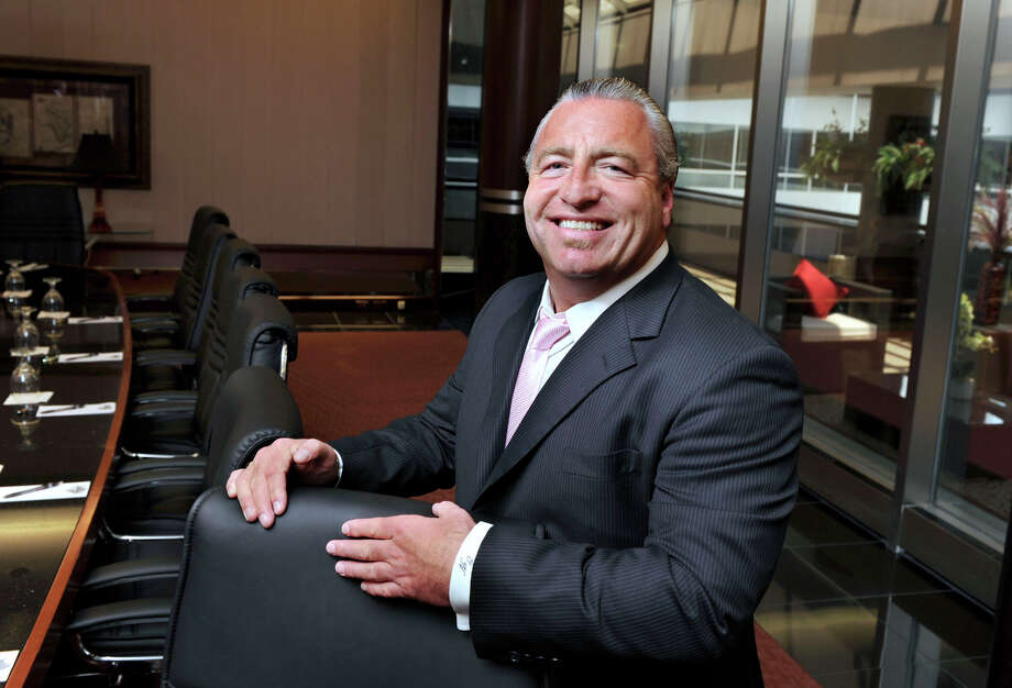 Glen Nelson, Matrix owner, dies in car accident - NewsTimes