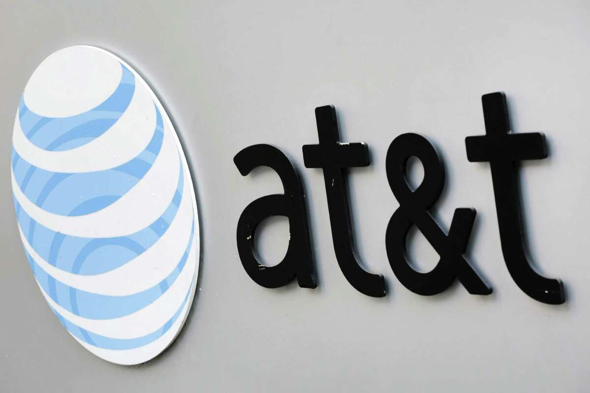 40. AT&T (Overall: 491) HQ: DallasIndustry: Telecommunications Services, Cable Supplier