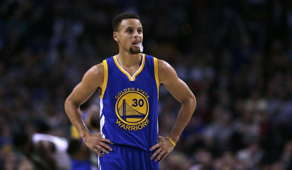 Golden State Warriors guard Stephen Curry (30) during the first quarter of an NBA basketball game in Boston, Friday, Dec. 11, 2015.