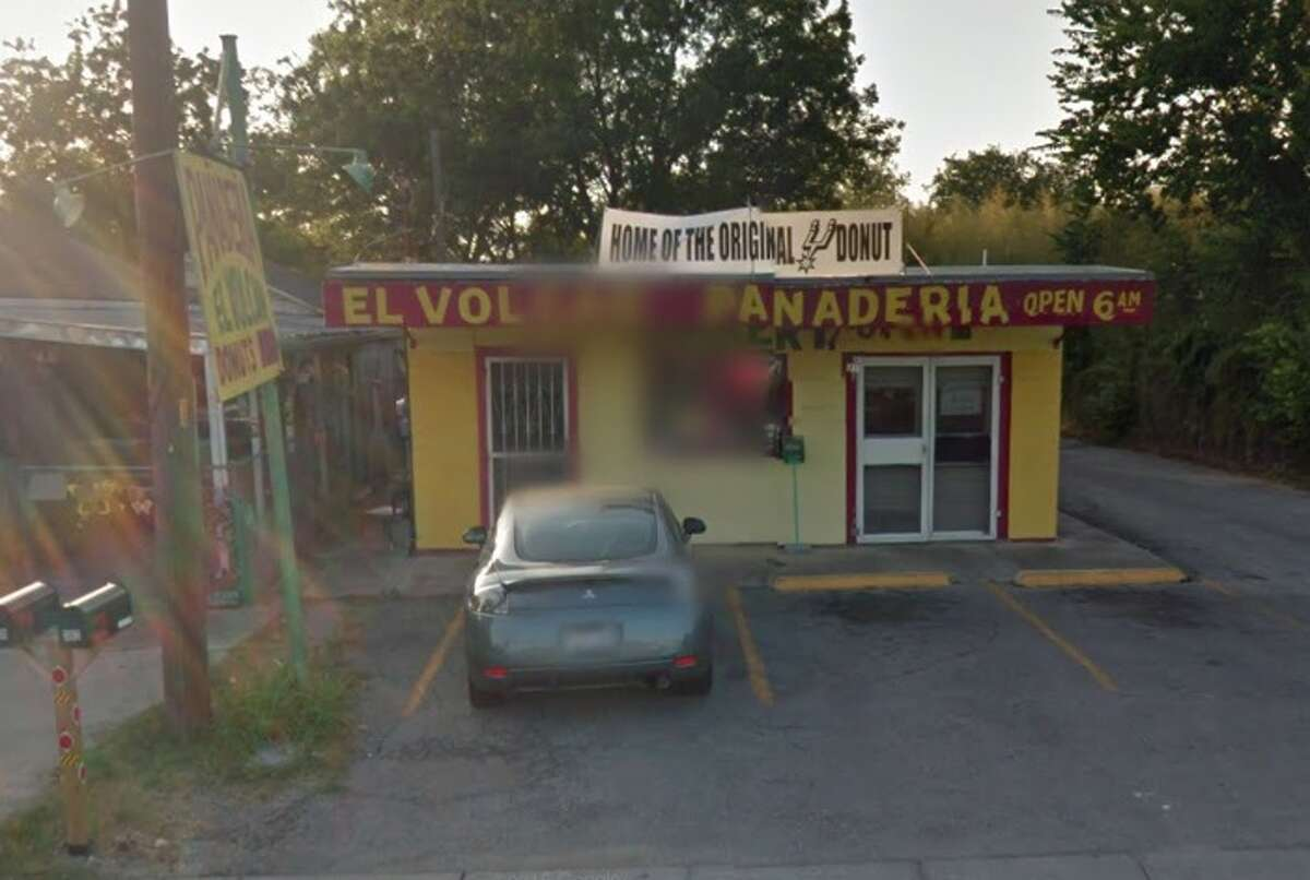 El Volcan Panaderia: 359 Bustillos Drive, San Antonio, TX 78214Date: 12/22/2015 Demerits: 15Highlights: Gnats, live roaches and roach feces found throughout kitchen, food contact surfaces must be cleaned, posted food permit expired in February, soap not available at hand sinks