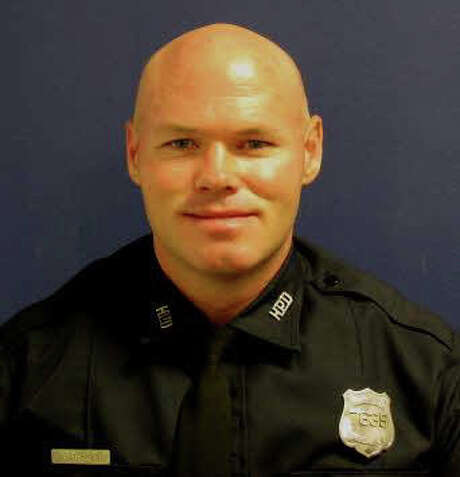 Officer Seldon O'Brien, 40, a veteran Houston police officer who died at Midwest police substation on Wednesday, Dec. 23, 2015. / handout