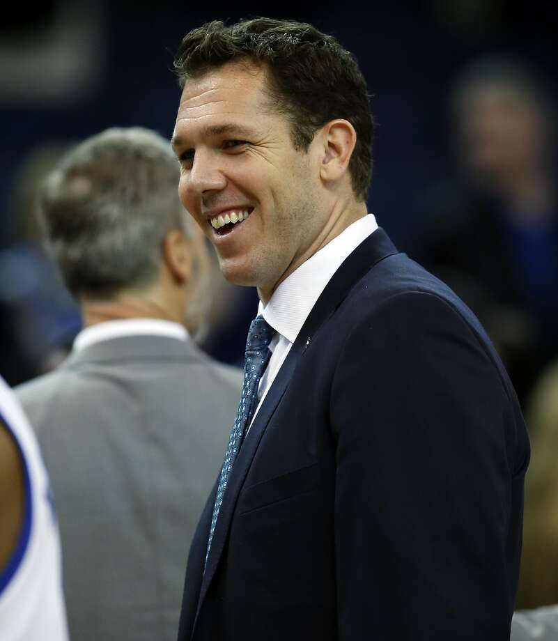 Golden State Warriors Coach: Warriors' Luke Walton Talks Lakers, Head-coaching Future