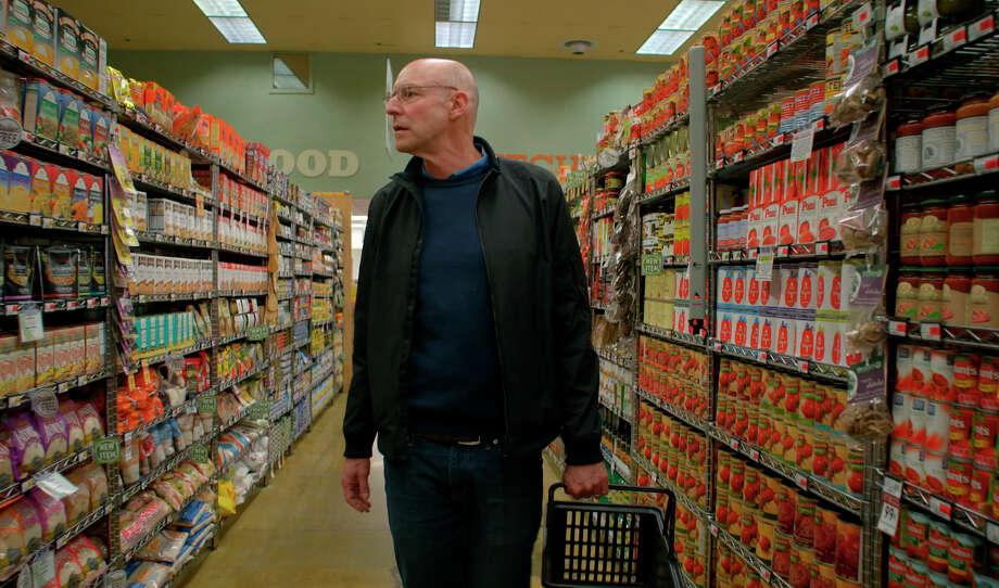 "In the show ""In Defense of Food,"" Michael Pollan urges consumers to avoid processed foods."