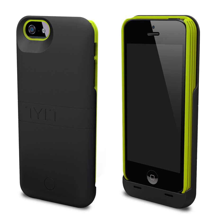 Energi sliding power case for iphone 5/5s. Photo: TYLT / ONLINE_YES