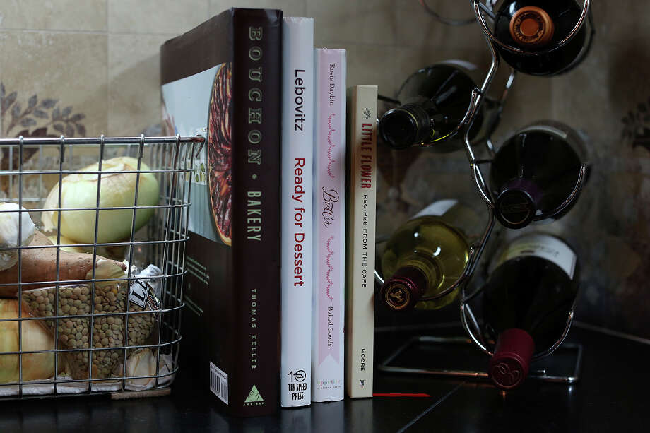 """The Milford Public Library is planning a """"cookbook challenge"""" event for Jan. 25. Photo: Lisa Krantz / San Antonio Express-News / San Antonio Express-News"""