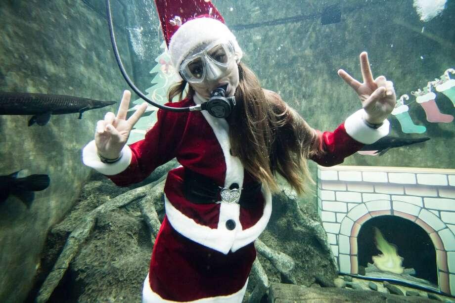 Does Mexico Celebrate Christmas.11 Types Of Santa Clauses Found In Mexico San Antonio