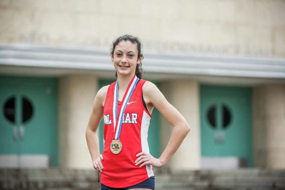 Julia Heymach, a junior at Lamar, didn't lose to an in-state competitor en route to claiming her first state championship after coming close as a freshman and sophomore. Photo: Michael Starghill, Jr., Photographer / © 2015 Michael Starghill, Jr.