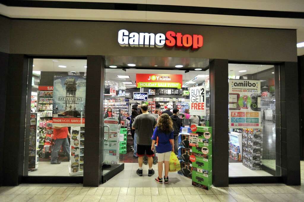 GameStop tanks after missing on sales and signaling it will close ...